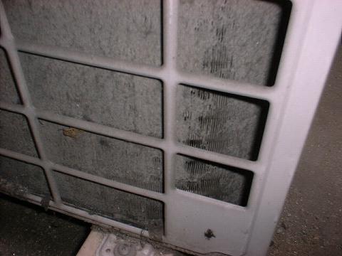 室外機熱交換器の汚れ