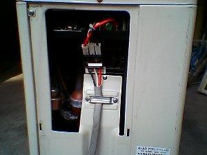 室外機の電線接続部