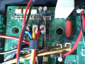 制御基板に付いたパワートランジスタ